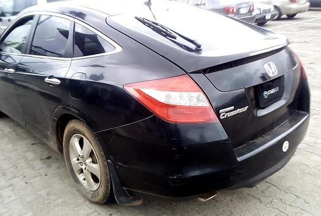 Neat Nigerian used  Honda Accord CrossTour 2010-8