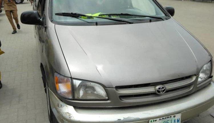 Nigerian Used 1999 Toyota Sienna -5