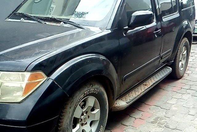 Neat Nigerian used Nissan Pathfinder 2006-5
