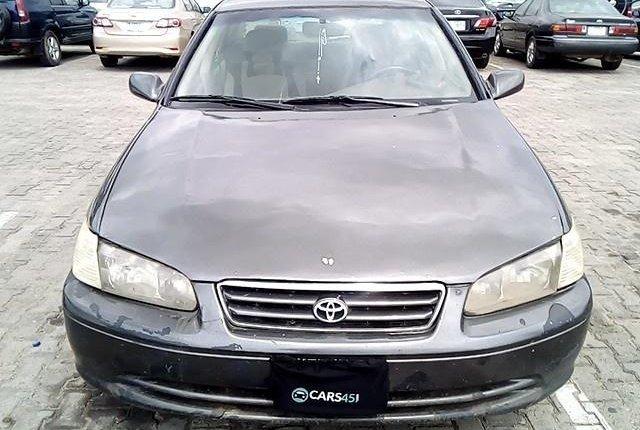 Neat Nigerian Used Toyota Camry 2001-0