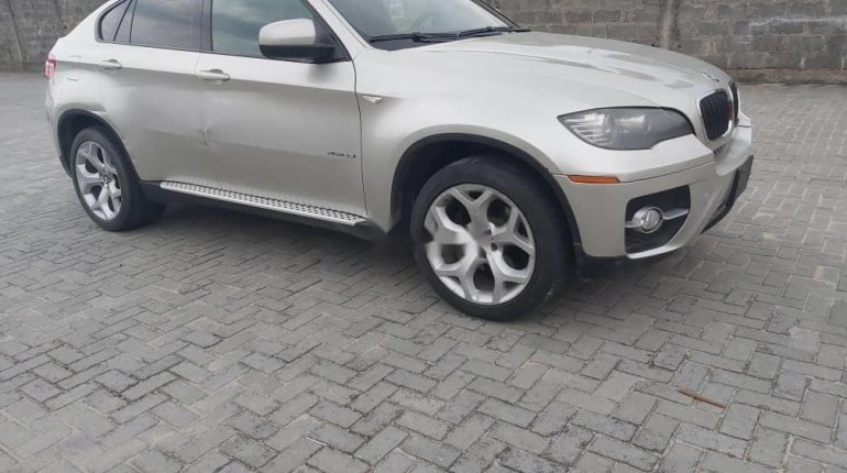 Foreign Used BMW X6 2010-3