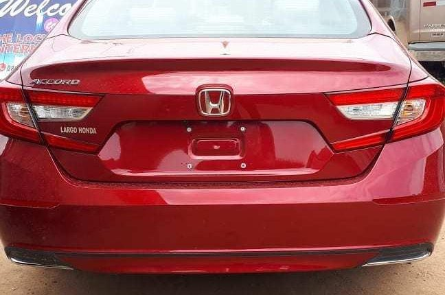 Very Clean Foreign used 2018 Honda Accord-7