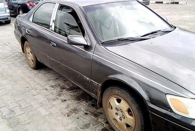 Neat Nigerian Used Toyota Camry 2001-6