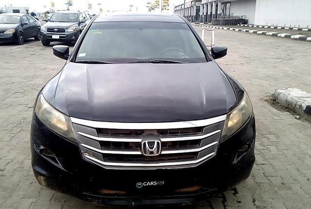 Neat Nigerian used  Honda Accord CrossTour 2010-0