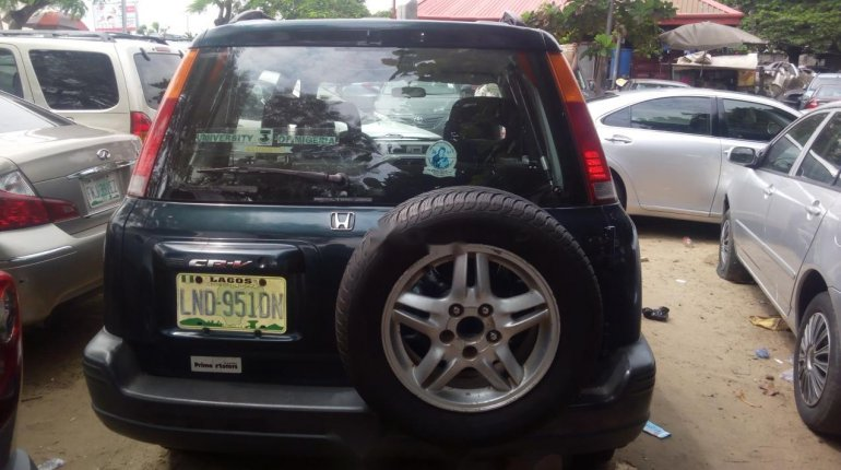 Nigerian Used 2000 Honda CR-V -1