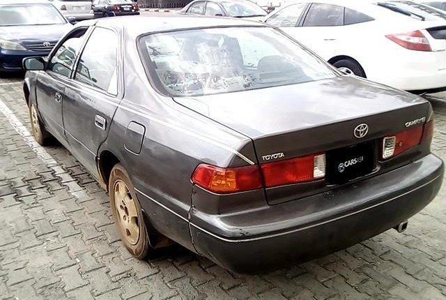 Neat Nigerian Used Toyota Camry 2001-8