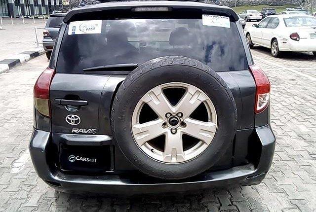 Clean Nigerian Used  Toyota RAV4 2006-7