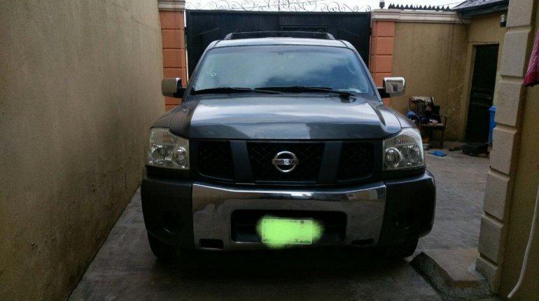 Neat Nigerian used Nissan Armada 2005-0