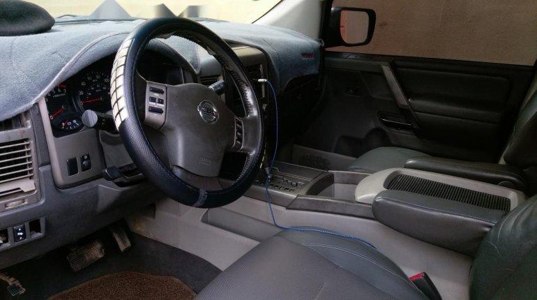Neat Nigerian used Nissan Armada 2005-4