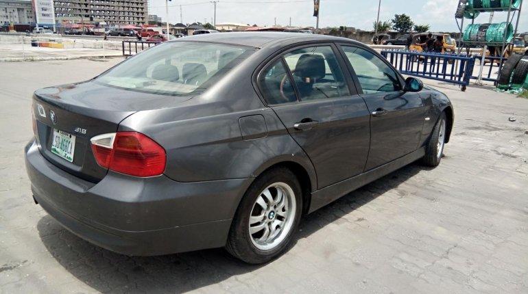 Neat Nigerian used BMW 318i 2007-11