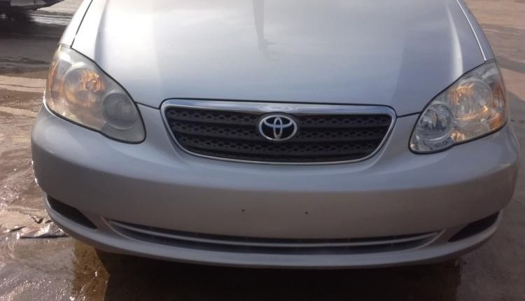 Super Clean Foreign used Toyota Corolla 2005 -0