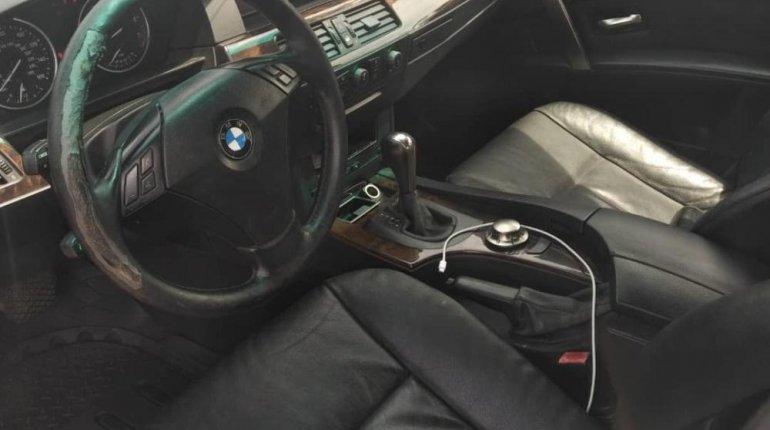Neat Nigerian Used BMW 530i 2005 Grey/Silver-3