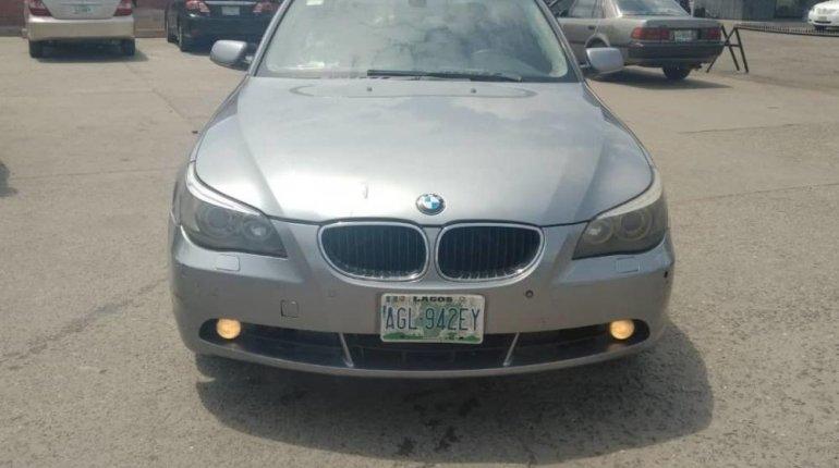 Neat Nigerian Used BMW 530i 2005 Grey/Silver-0
