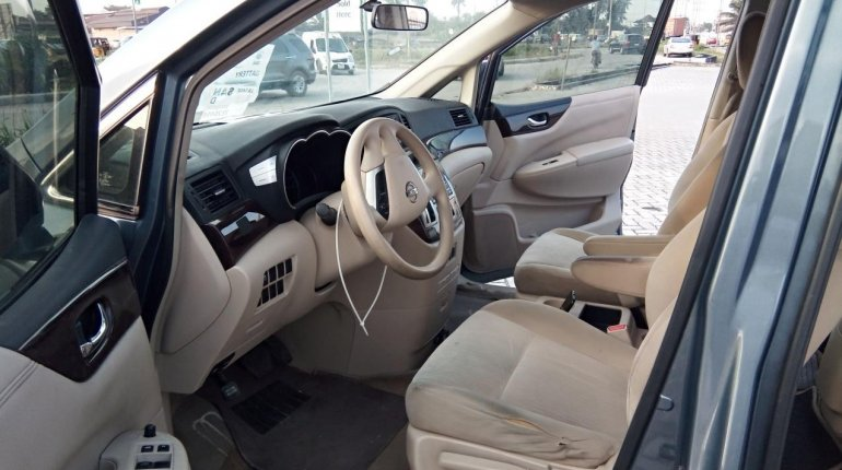 Very Clean Foreign use 2012 Nissan Quest -3