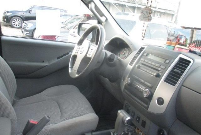 Clean Nigerian Used Nissan Frontier 2012 Grey/Silver-8