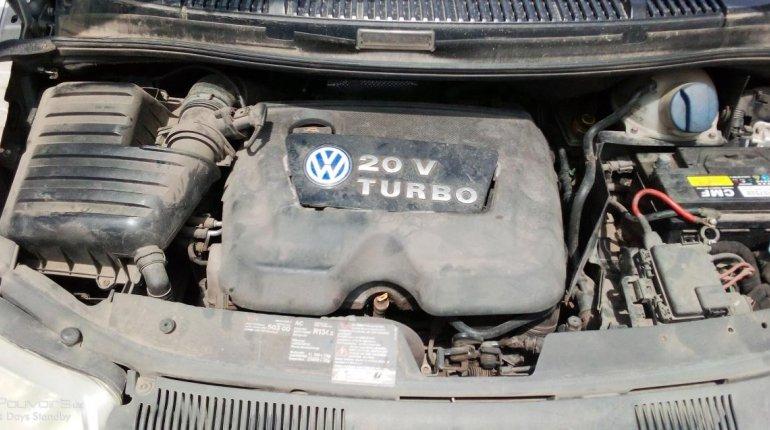 Neat Nigerian used 2002 Volkswagen Sharan-4