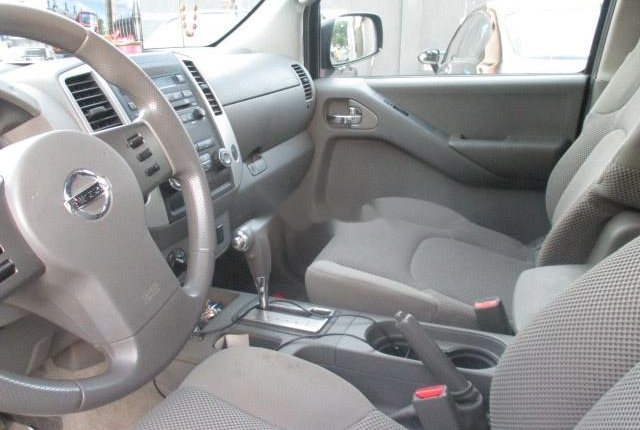 Clean Nigerian Used Nissan Frontier 2012 Grey/Silver-2