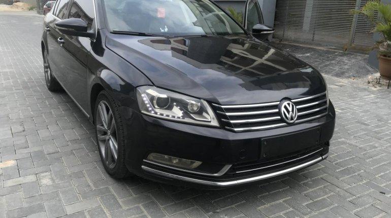 Clean Nigerian Used Volkswagen Passat 2015 Model Black -3