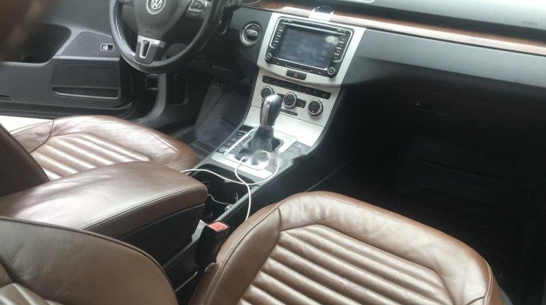 Clean Nigerian Used Volkswagen Passat 2015 Model Black -5