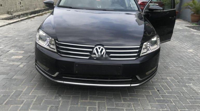 Clean Nigerian Used Volkswagen Passat 2015 Model Black -0