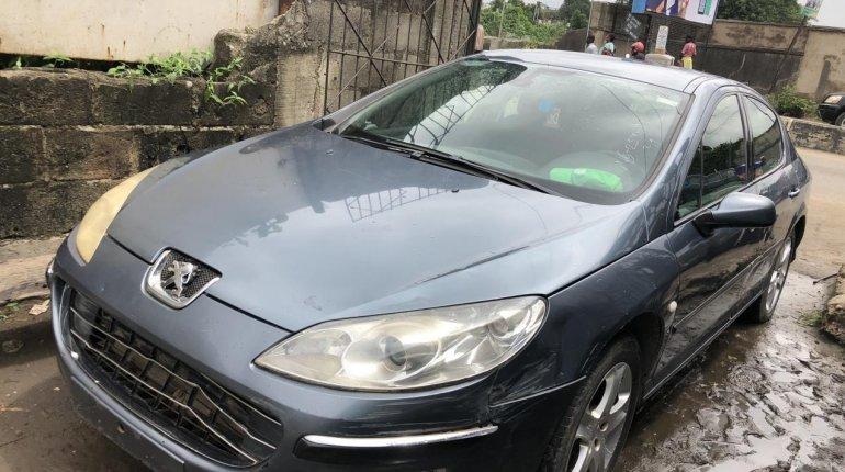 Neat Nigerian Used Peugeot 407 2003 Model Grey/Silver-4