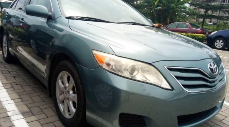 Tokunbo Toyota Camry 2010 Model Green Colour-7
