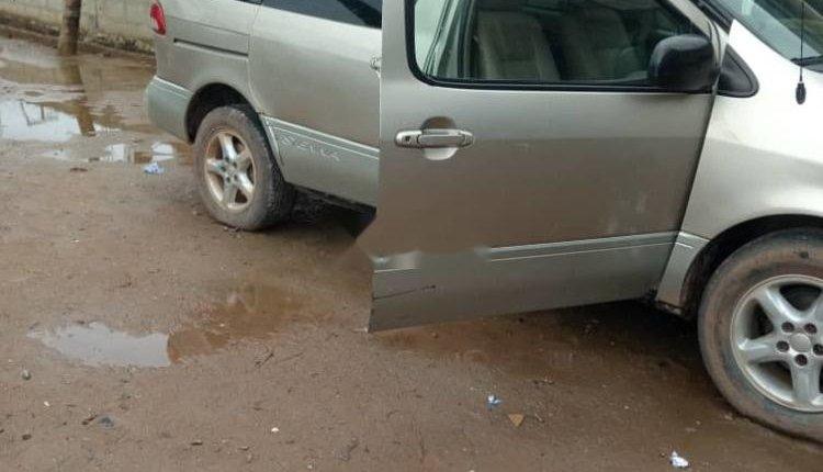 Nigerian Used Toyota Sienna 2004 Model-2