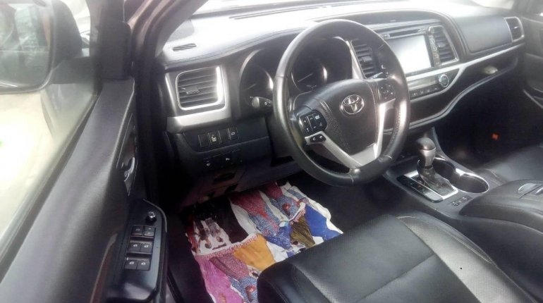 Tokunbo Toyota Highlander 2015 Automatic Full option-7