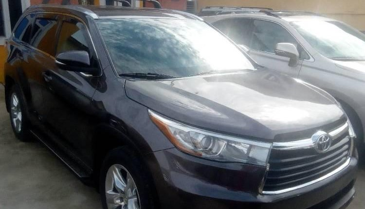 Tokunbo Toyota Highlander 2015 Automatic Full option-1