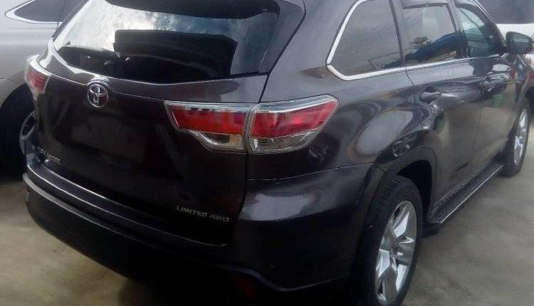 Tokunbo Toyota Highlander 2015 Automatic Full option-5