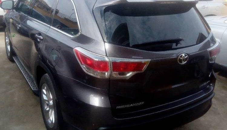 Tokunbo Toyota Highlander 2015 Automatic Full option-6