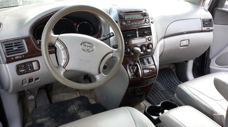 Nigerian Used Toyota Sienna 2005 Automatic -2