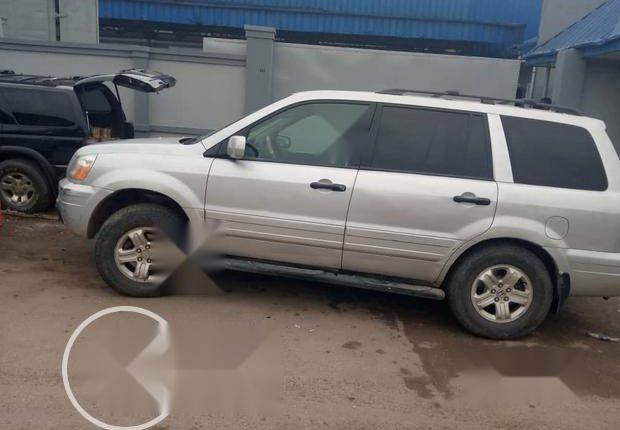 Very Clean Nigerian used Honda Pilot 2003-0