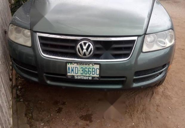 Very Clean Nigerian used Volkswagen Touareg 2003 Green-2
