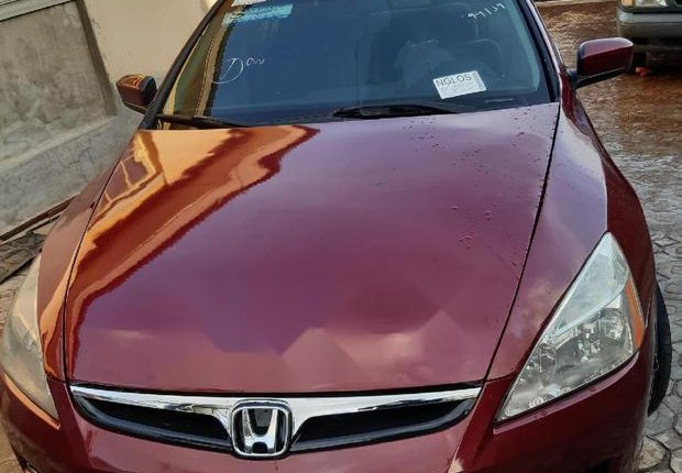Very Clean Foreign used Honda Accord 2006 Sedan LX SE Automatic Red-0