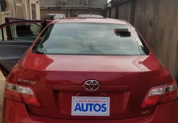 Very Clean Foreign used Toyota Camry 2009-3