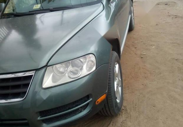 Very Clean Nigerian used Volkswagen Touareg 2003 Green-6