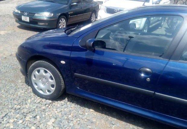 Tokunbo Peugeot 206 2002 Model Blue-9