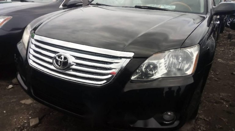 Tokunbo Toyota Avalon 2008 Model Black -5
