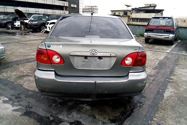 Nigeria Used Toyota Corolla 2003 Model Gold-11