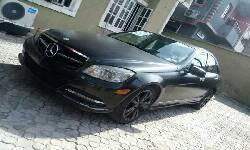 Nigeria Used Mercedes-Benz C300 2008 Model Black-12