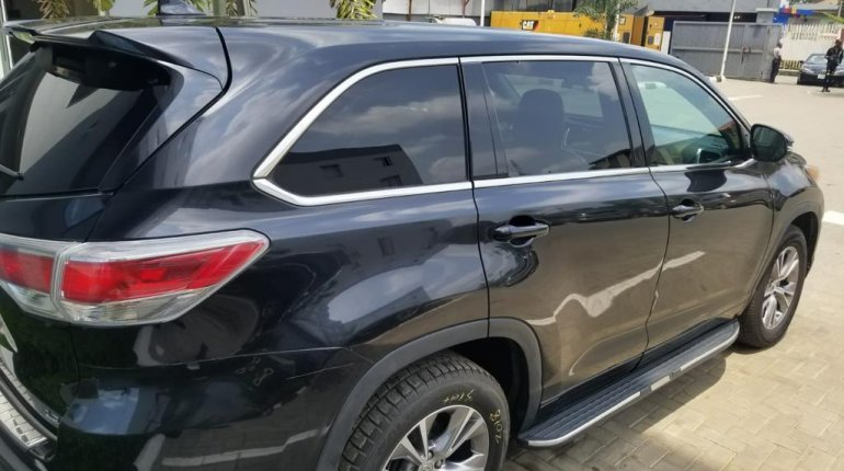 Foreign Used Toyota Highlander 2015 Model Grey-2