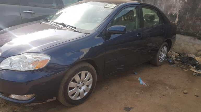 Foreign Used Toyota Corolla 2006 Model Blue-2