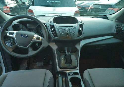 Tokunbo Ford Escape 2015 Model White-2