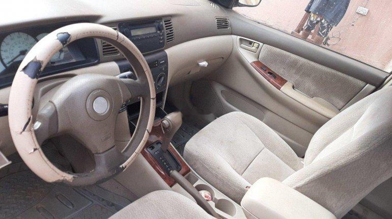Nigeria Used Toyota Corolla 2004 Model Blue-1