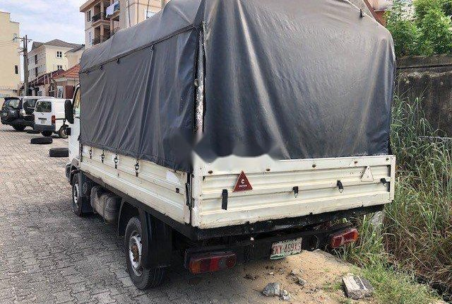 Clean Nigerian used 2004 Nissan Cabstar -2