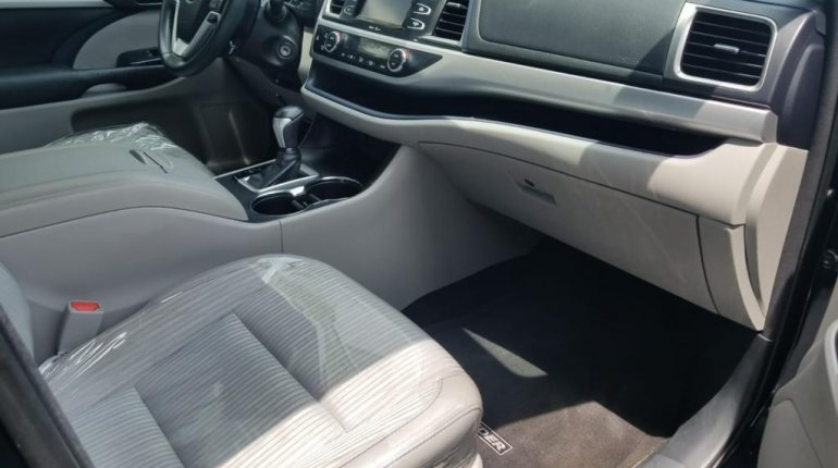Foreign Used Toyota Highlander 2015 Model Grey-1