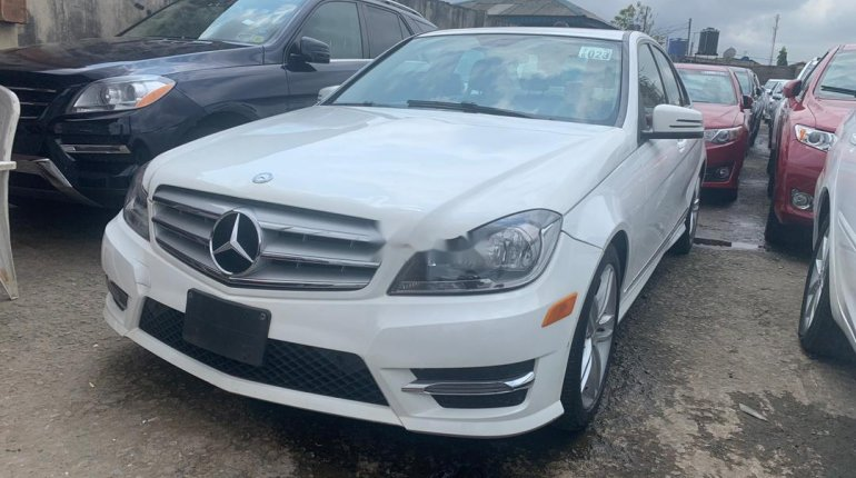 Clean Foreign used Mercedes-Benz C300 2013-5