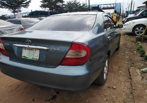 Nigeria Used Toyota Camry 2003 Model Blue-2