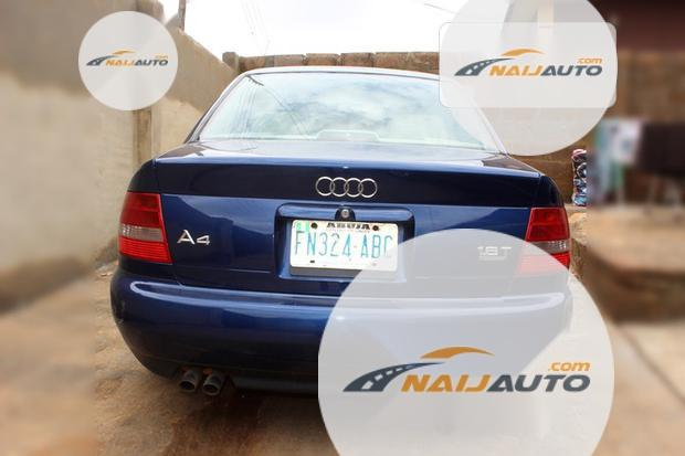 Nigeria Used Audi A4 2000 Model Blue-5